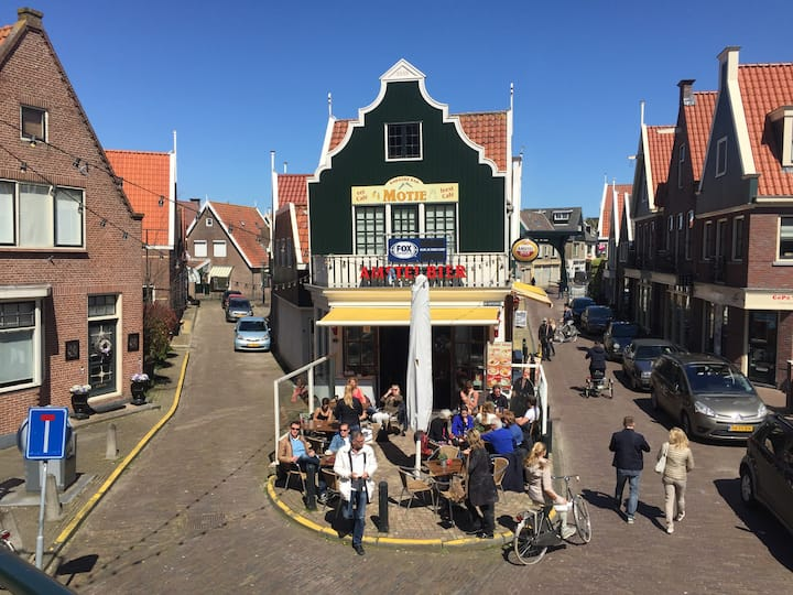 A cozy caffe in Volendam village