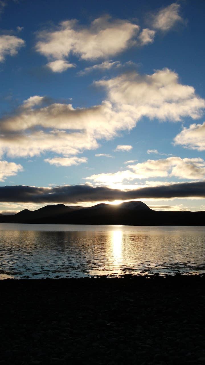 Sun setting on Ben Hope
