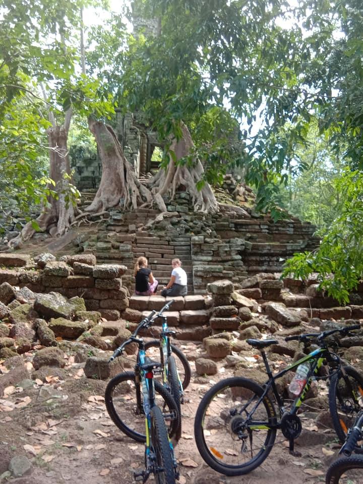 Hidden  Temple(Preah Palilay)