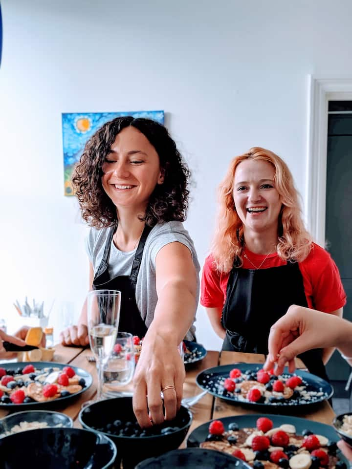With your friendly hosts - @Curly.Chefs!
