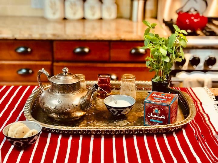 Green tea, sugar and mint.