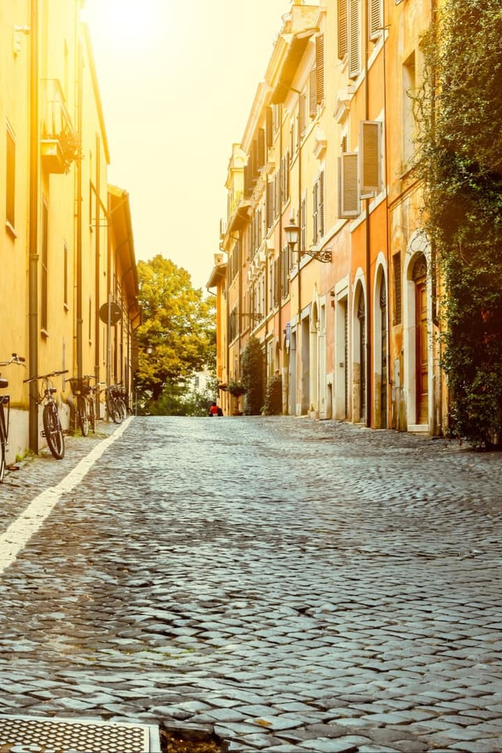 Soft daylight in the streets of Rome