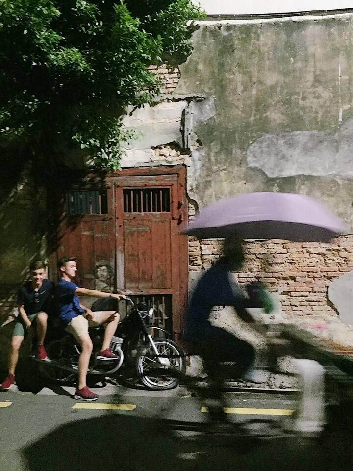 Street Art and invasion of trishaw man