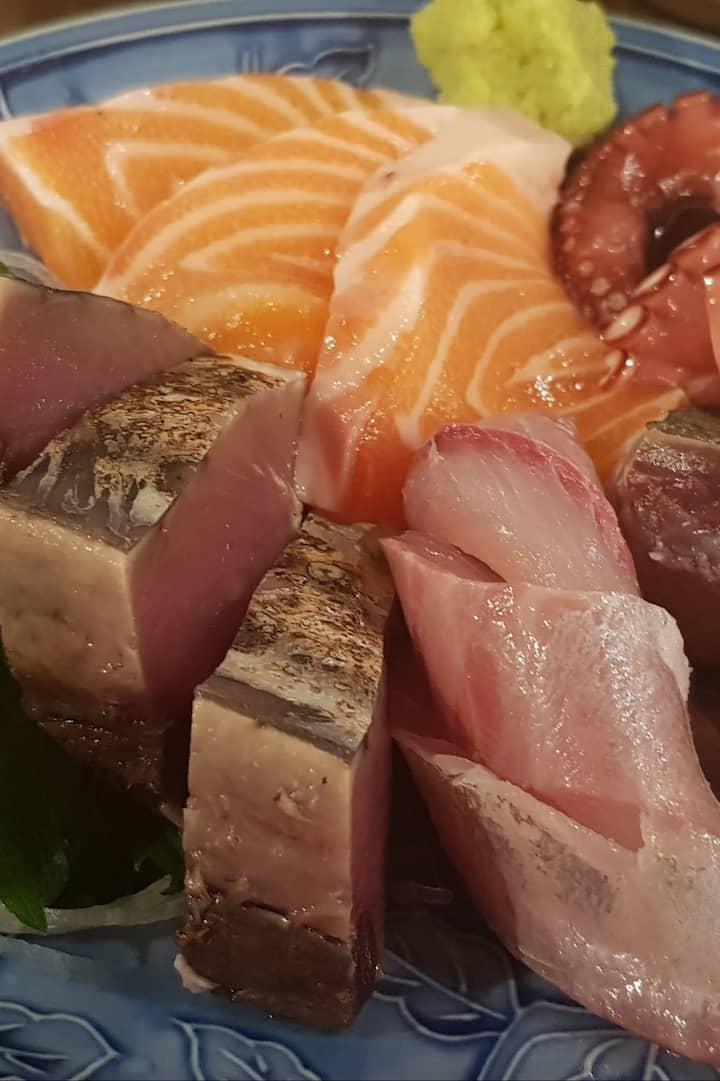 Sashimi - but there's pleny non-raw too.
