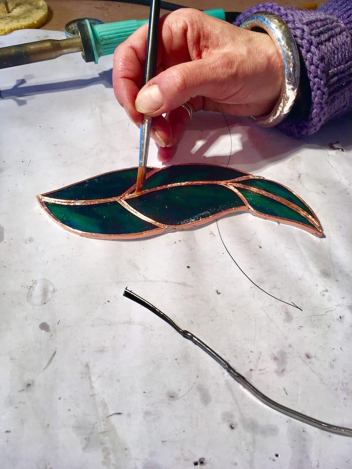 Adding flux to the copper foil