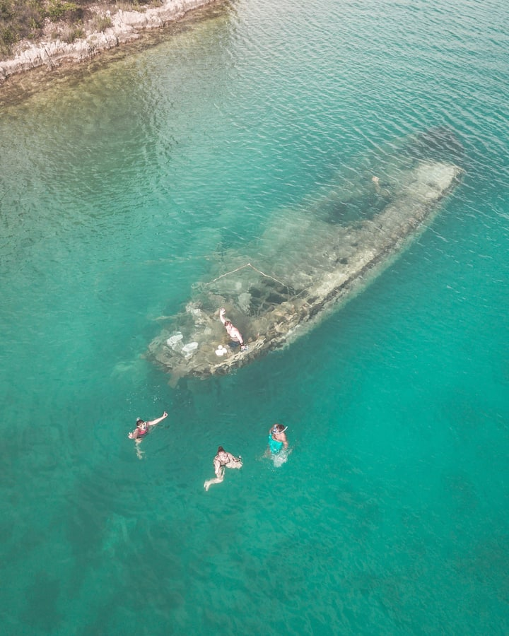 Snorkel over shipwreck