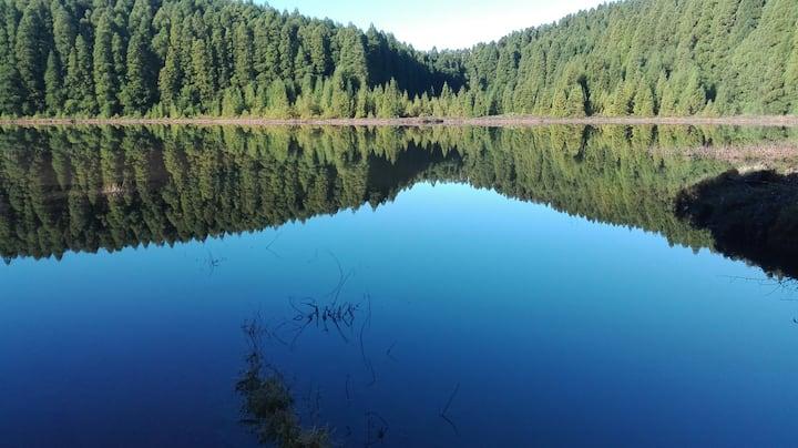 Canário Lake