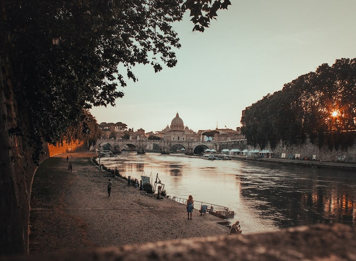 One of the views from Lungotevere