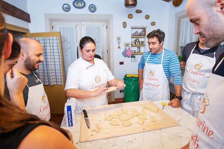 Teaching how to make Gnocchi shape