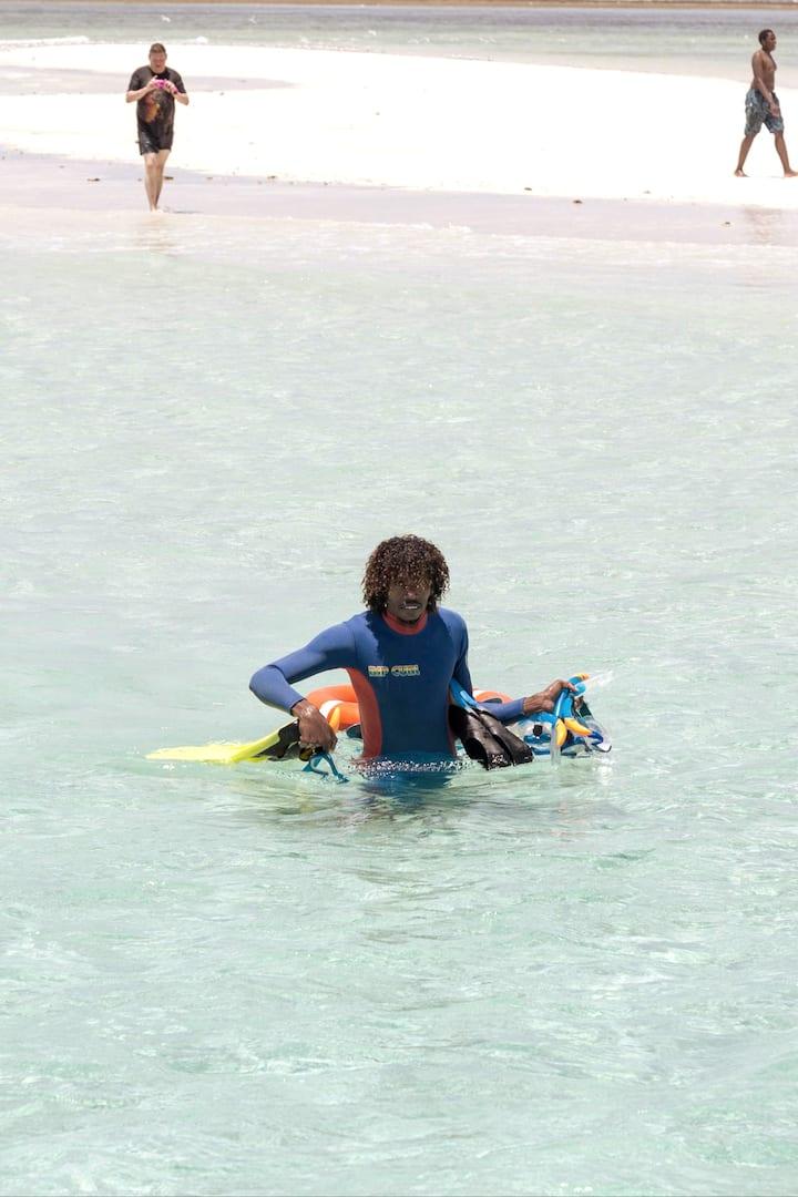 Snorkeling & Sand Bank