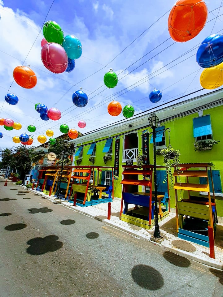 Experience Nassau through its culture