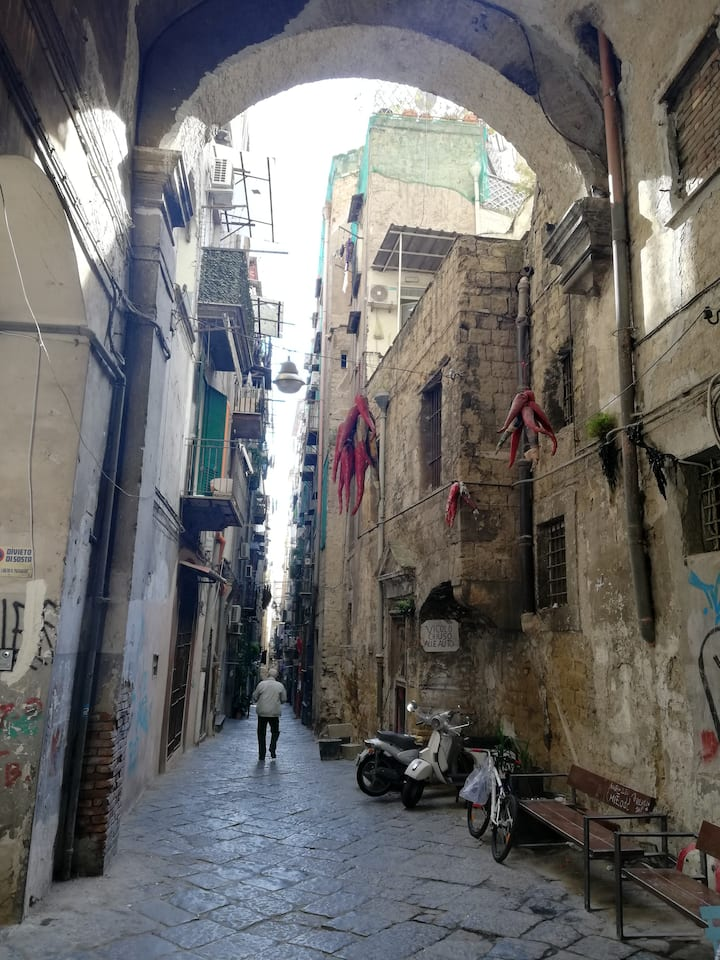 Vicolo di Napoli storica