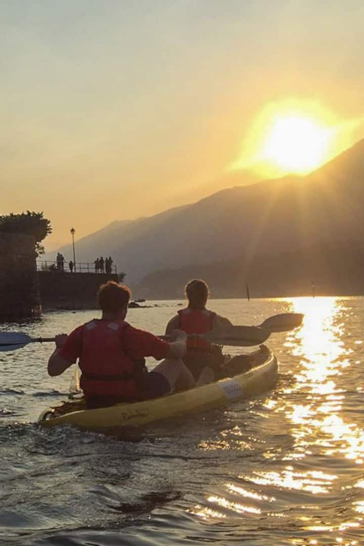 Bellagio coast Golden Hour kayak tour