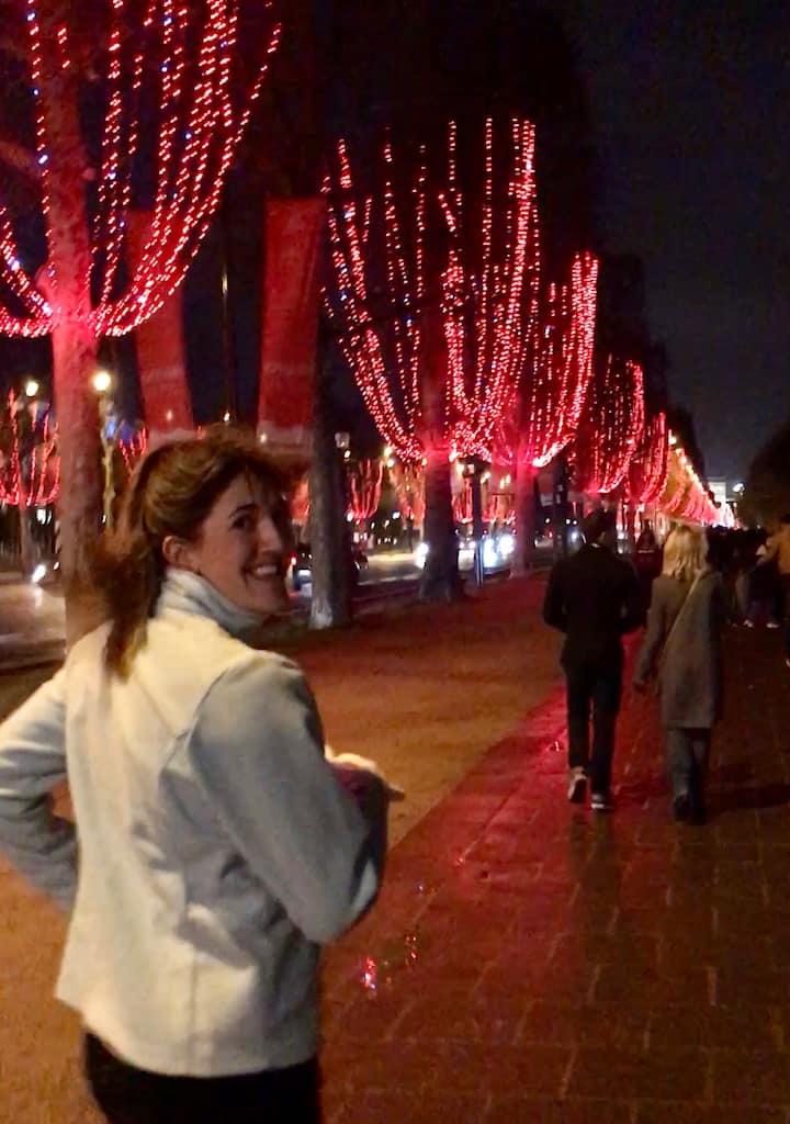Les mille lumières des Champs-Elysées