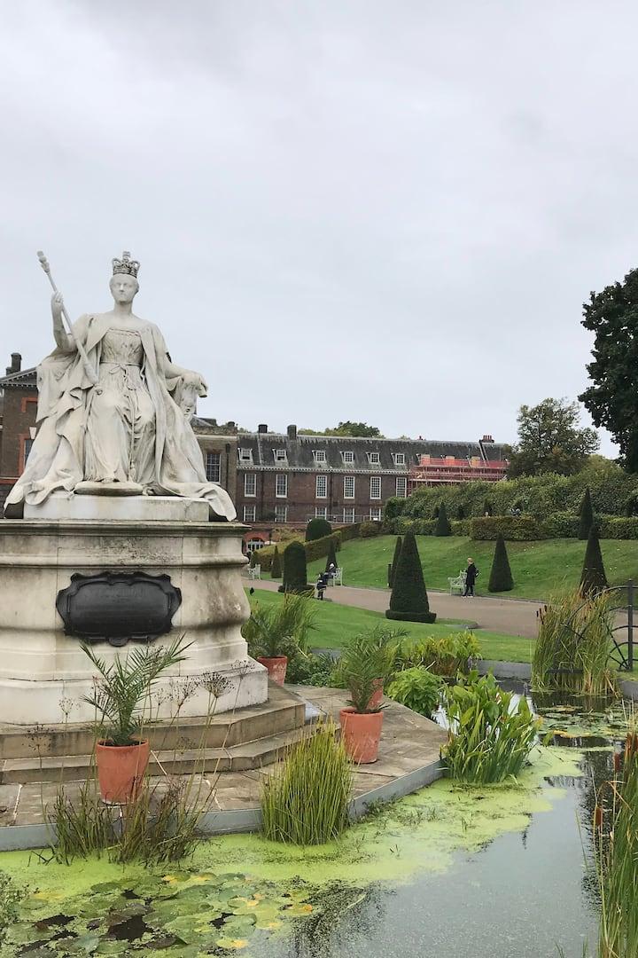 Kensington Palace doom and gloom