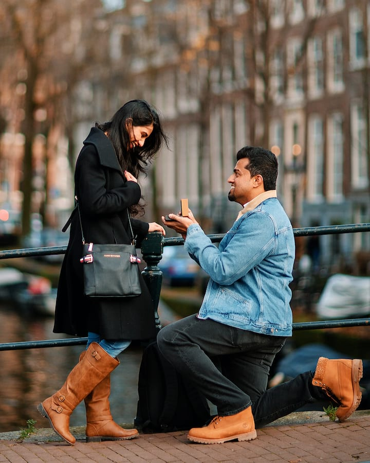I'll help you to make surprise proposal