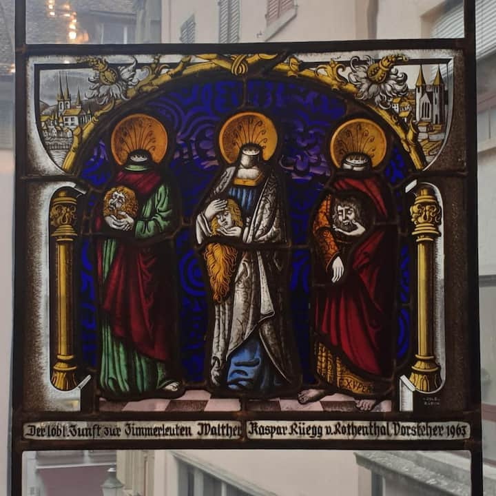 Patron Saints: they lost their heads!
