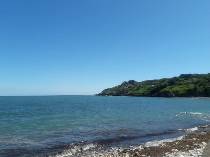 Balscadden Bay from Harbour