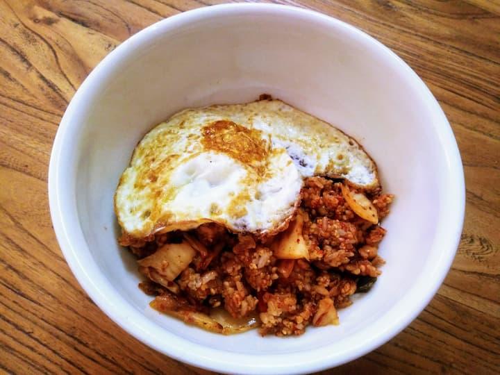 fried rice with gimchi & egg