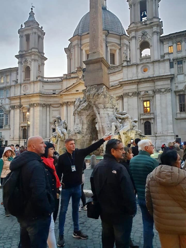 Me and a group at Piazza Navona