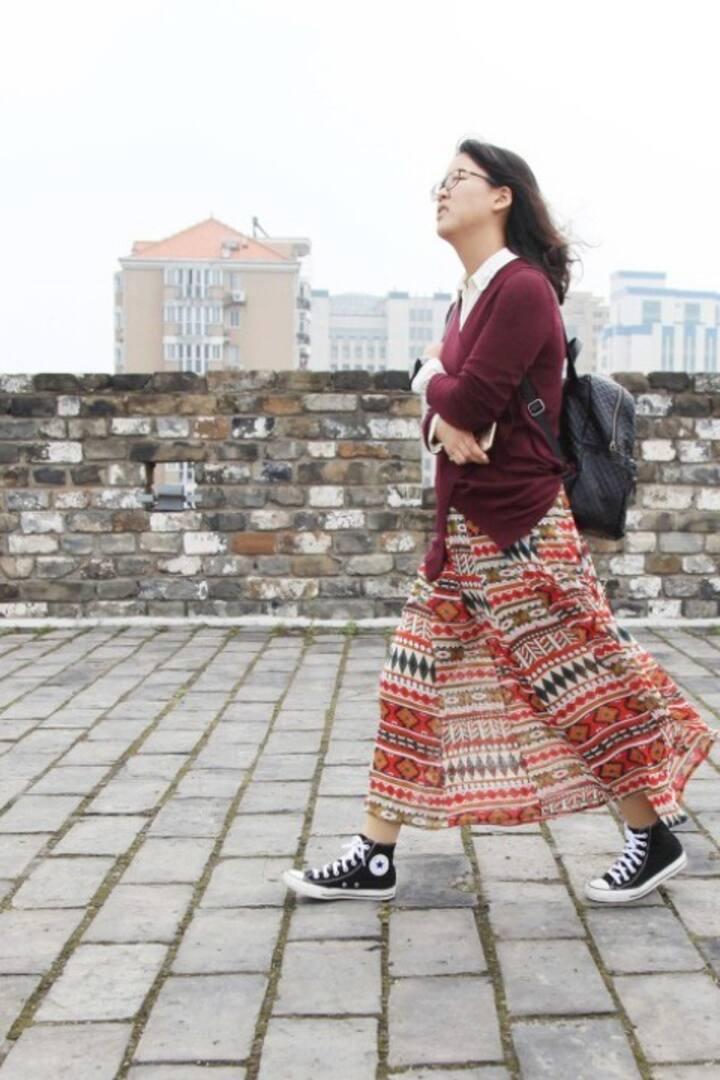 漫步在古老的城墙上,感受历史的厚重与沧桑
