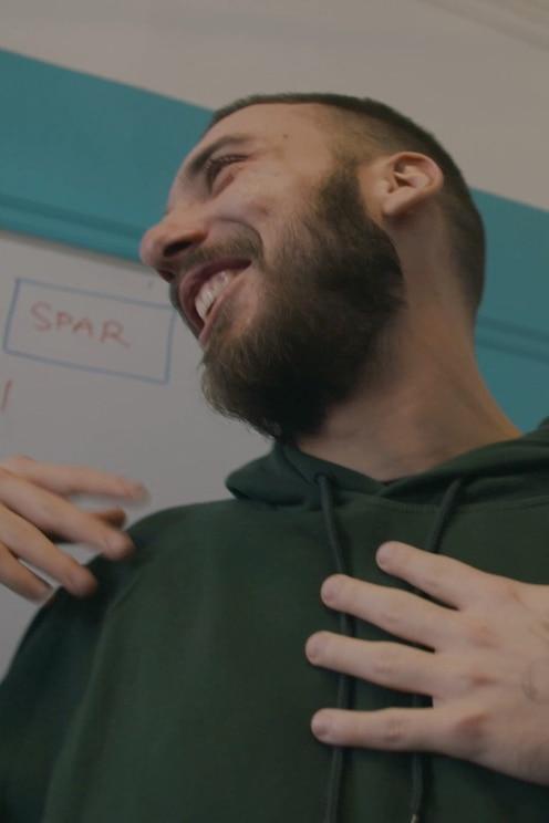Zobrazit hostitelův obrázek na celé obrazovce