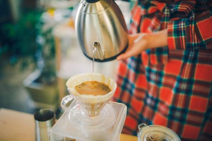 바리스타가되어 직접 커피를 내려보아요