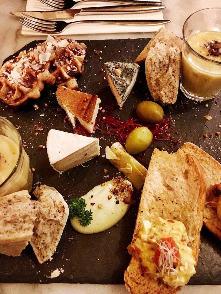 Dutch vegan cheese platter