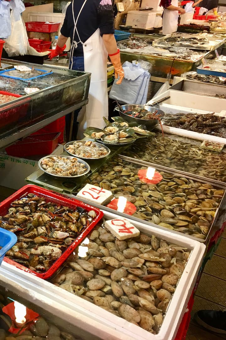 Wet Market - fresh seafood