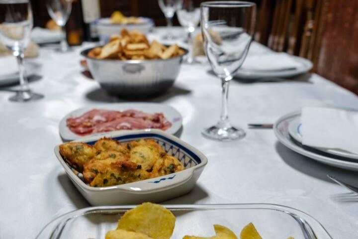 Tradicional Portuguese Table