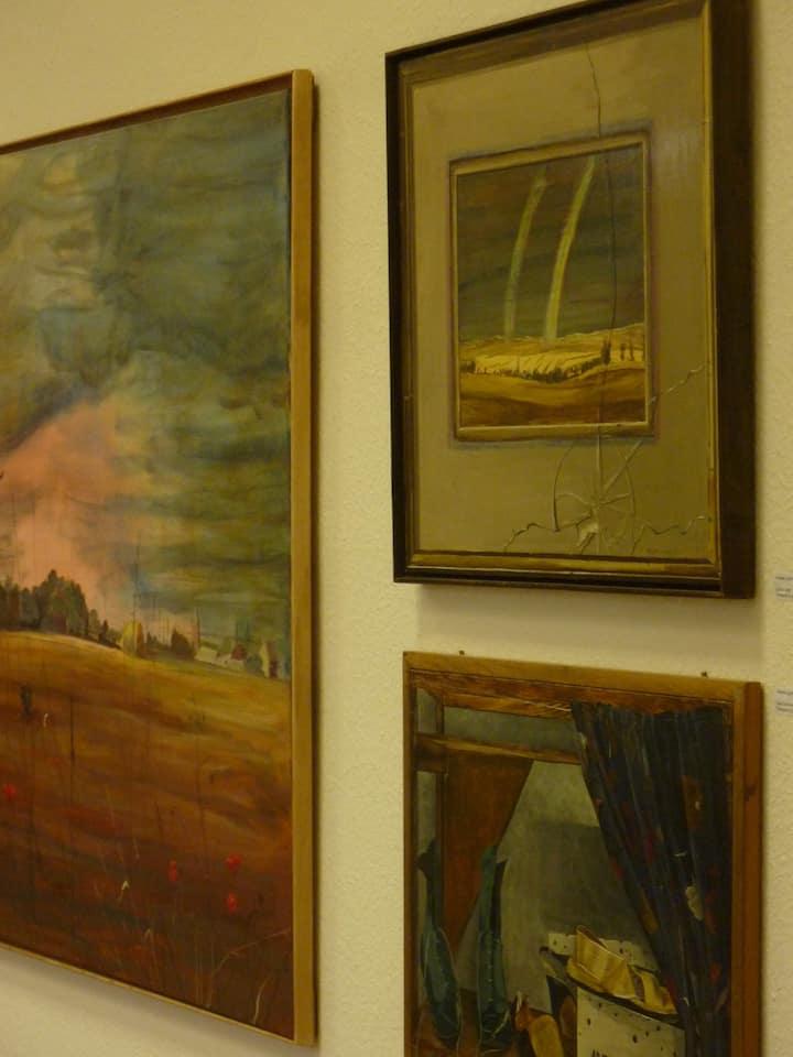 in einer Ausstellung