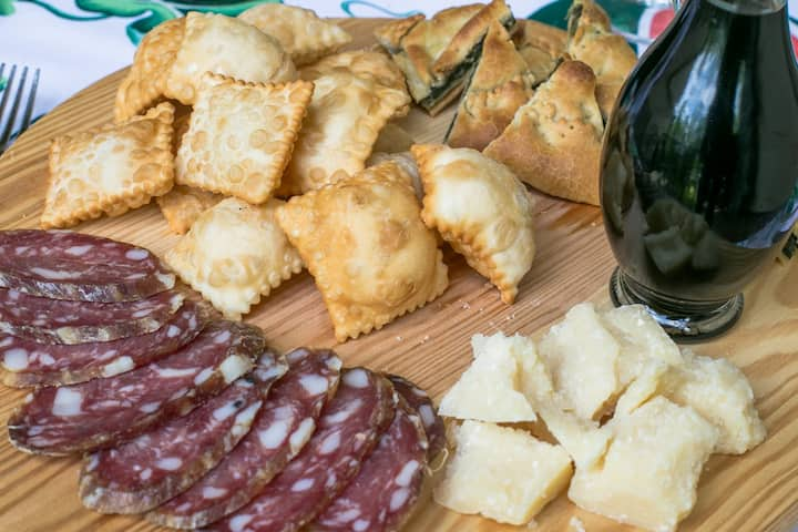 Gnocco fritto with cheese and cold cuts