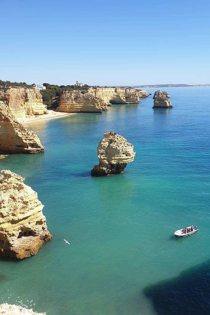 BBenagil Caves Algarve Grutas