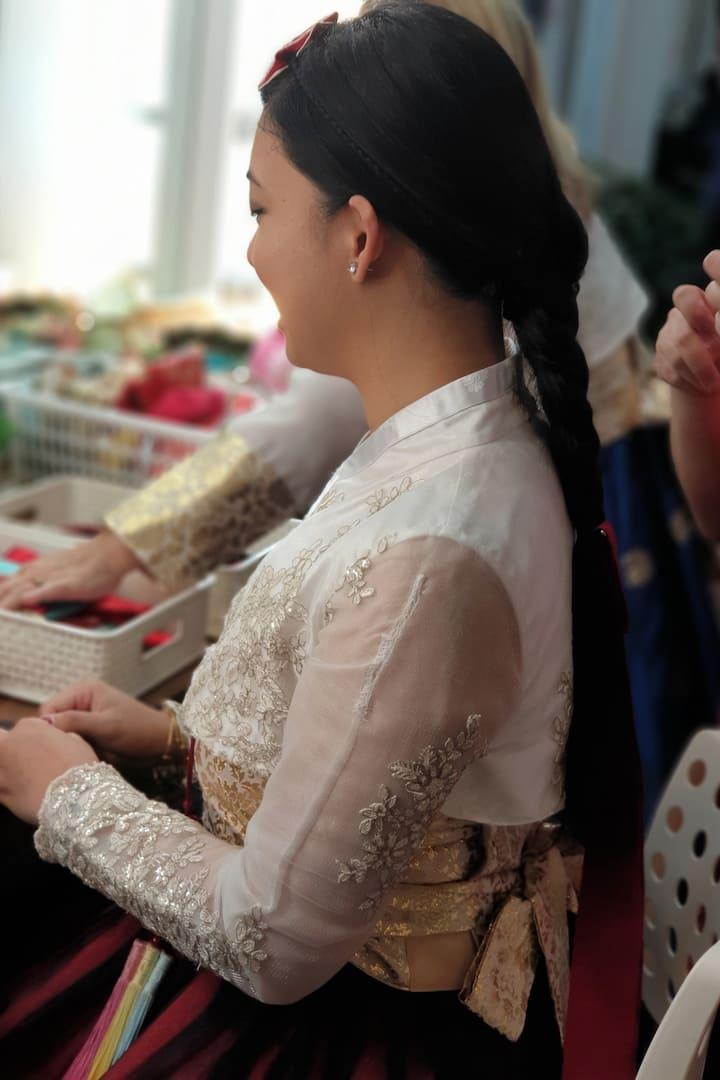 Hairdoing for Hanbok