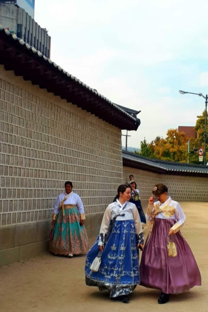 Gyeongbokgung Palace with Hanbok