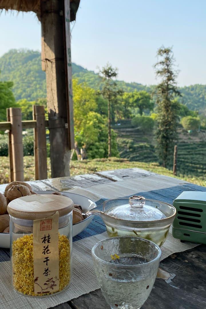 一杯桂花龙井,感受杭州的春秋味道!