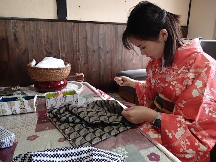 Making bags in Japanese kimono fabric