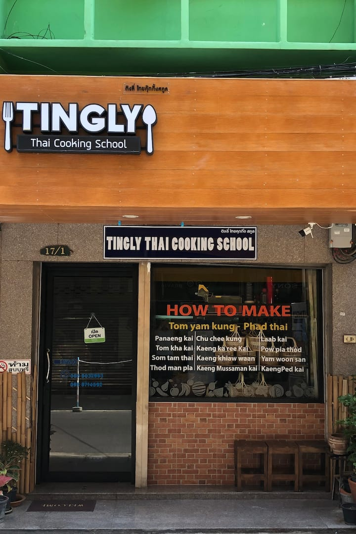 Tingly Thai Cooking school