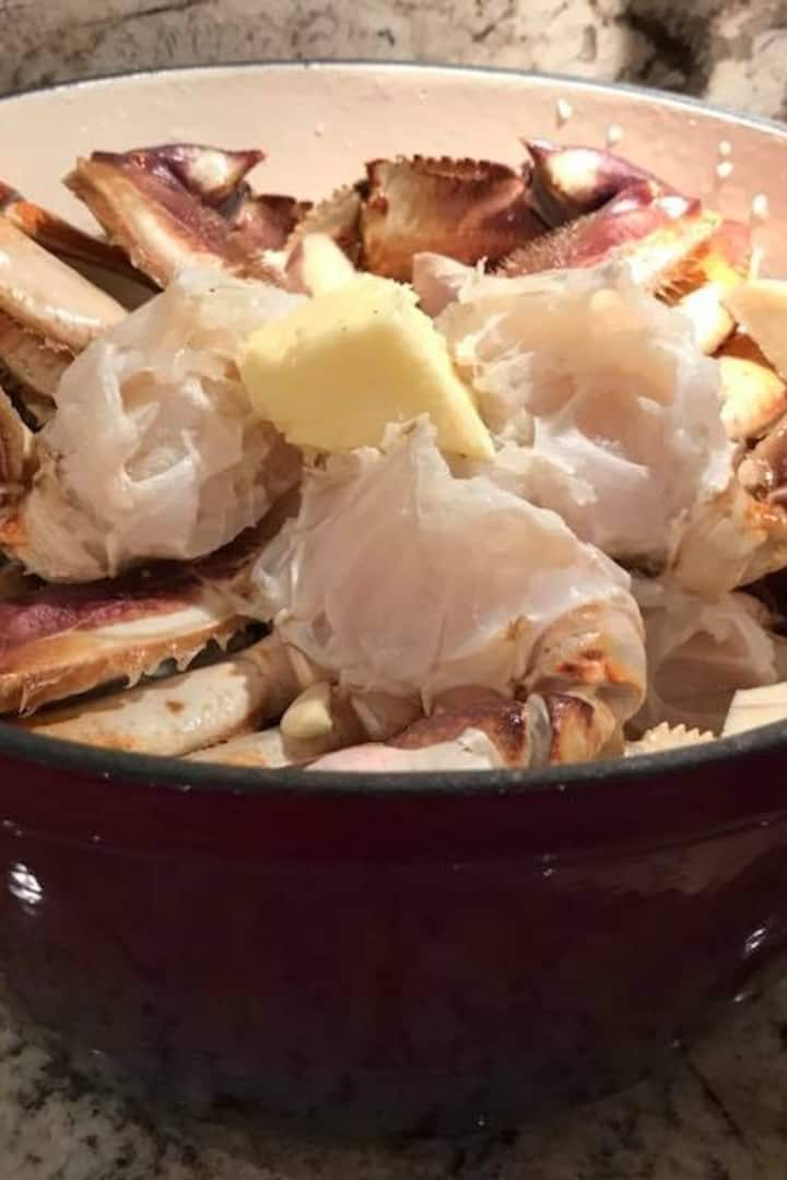 We'll enjoy crab together at Allswell.