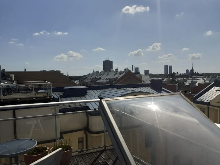 Лето, солнце, крыша