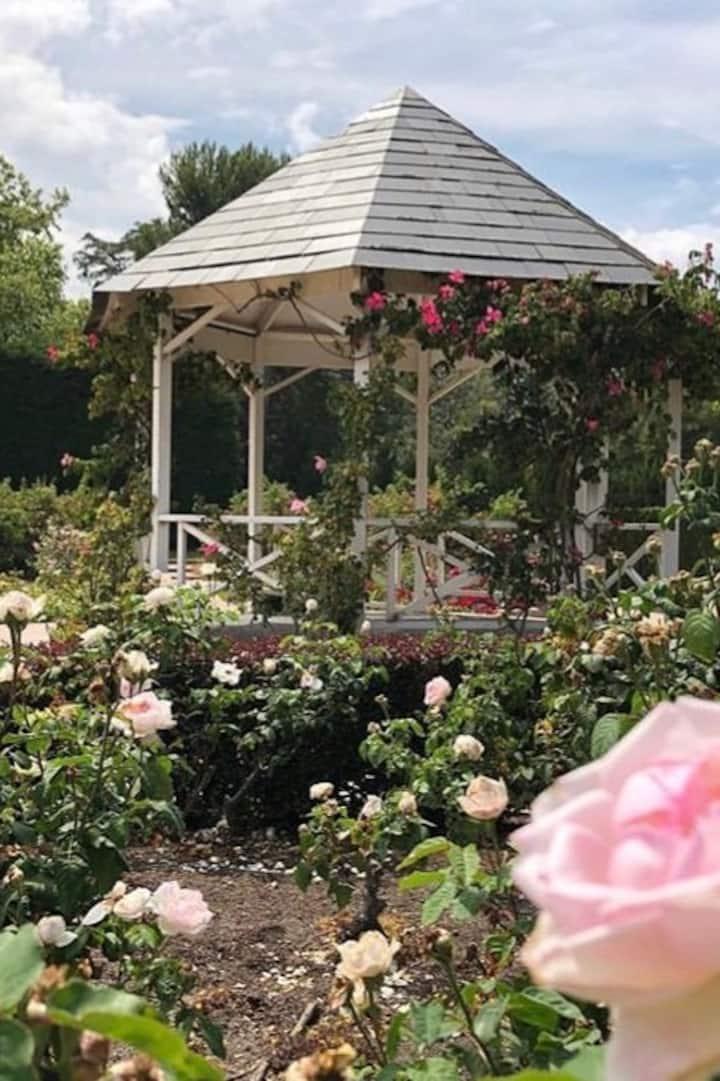 • Botanical Gardens •