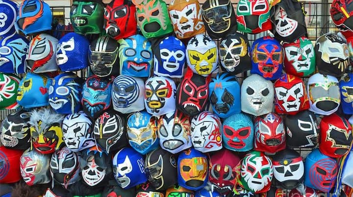 Masks: Mexican institution