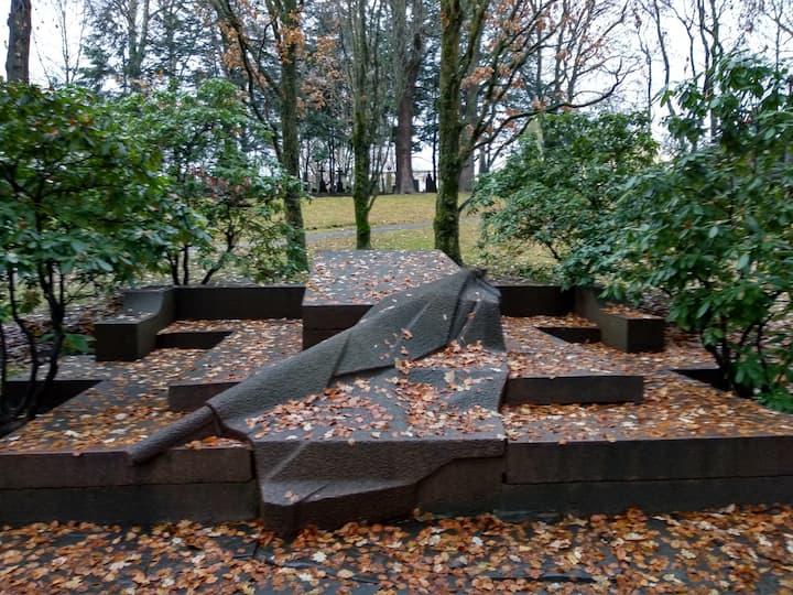 Bjørnstjerne Bjørnsons tomb art