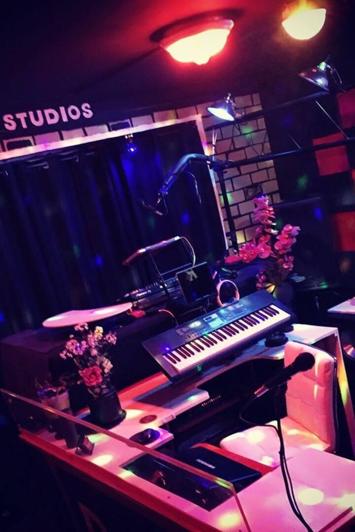 DSK STUDIOS GRAND STUDIO