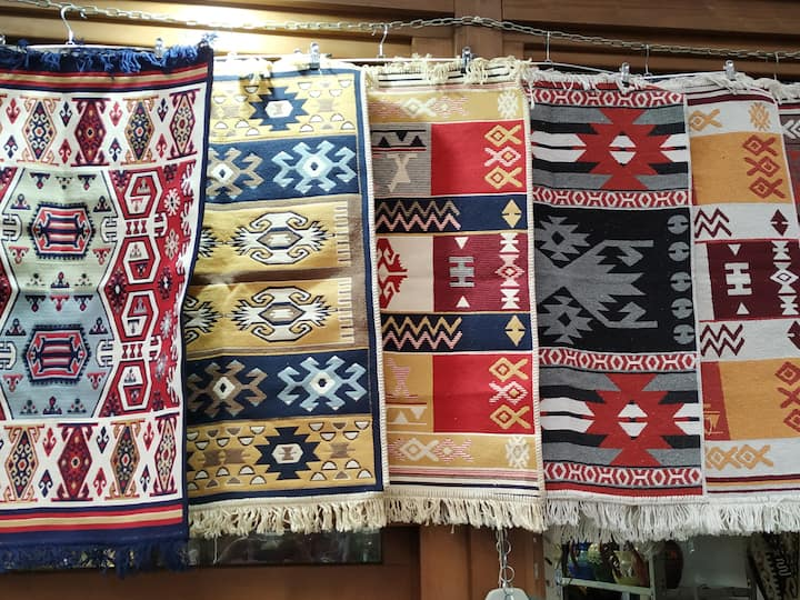 Traditional Bulgarian textiles