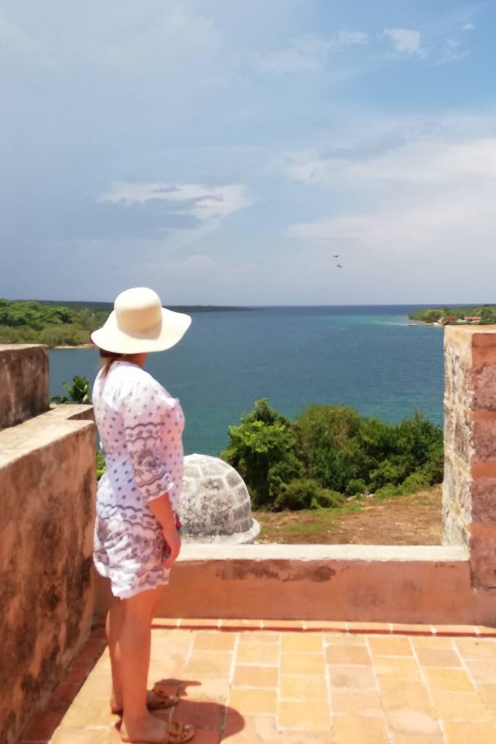 Vista de la entrada de la bahía