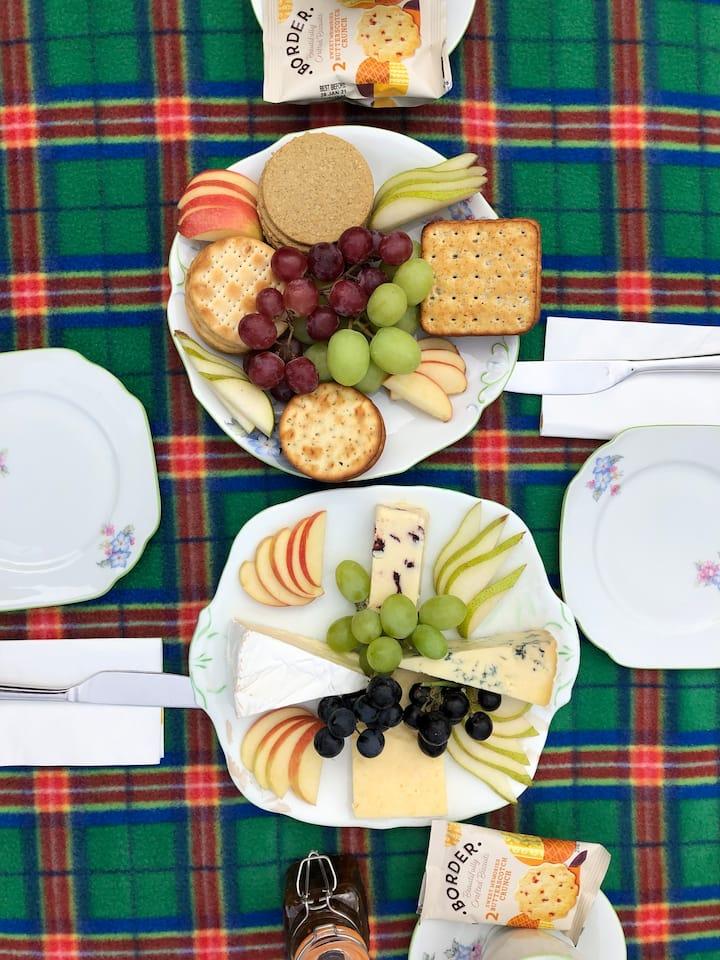Scottish cheese picnic ☕️