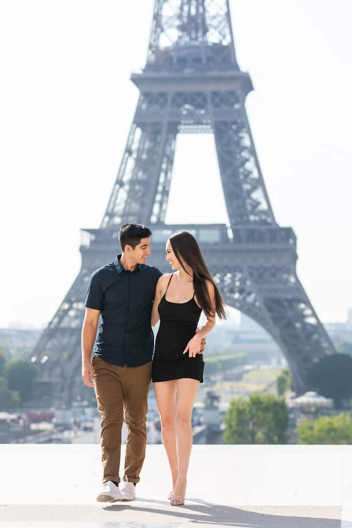 Engagement pictures in Paris