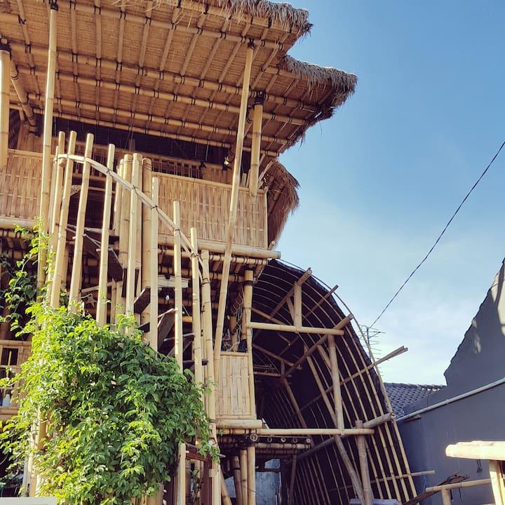 Freyr's Bamboo Home - Denpasar, Bali