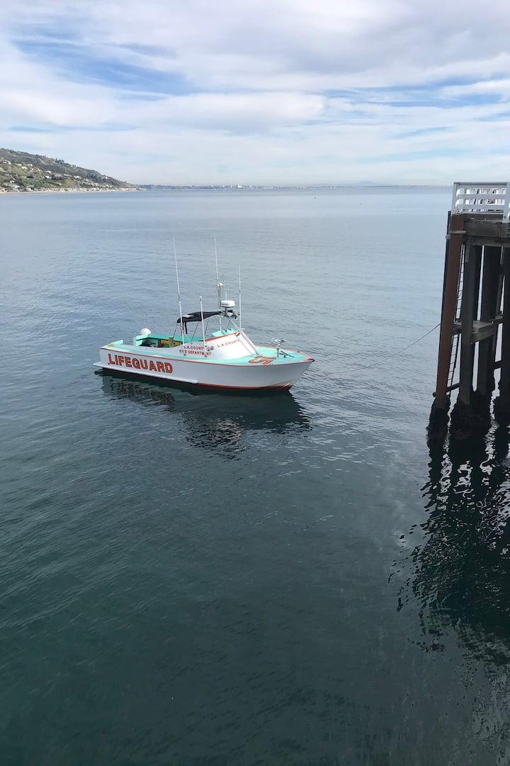 Baywatch boat